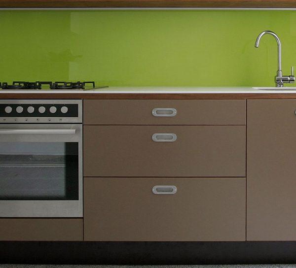 fliesenspiegel aus glas glas hagen. Black Bedroom Furniture Sets. Home Design Ideas