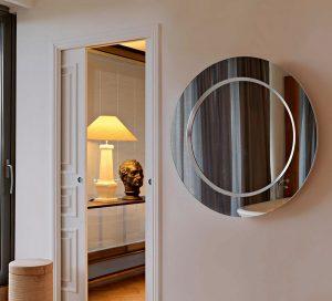 flur-spiegel-glas-wand-dekoration-rund-modern