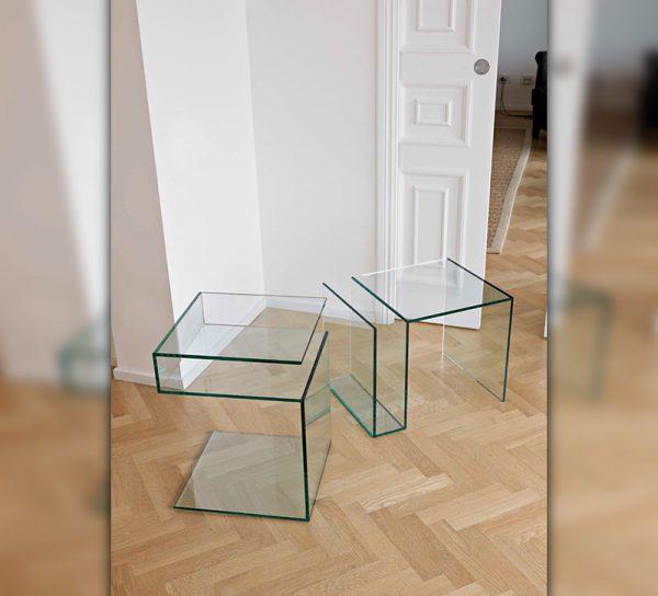 glasmoebel-regal-glas-klar-tisch-modern