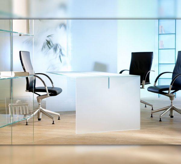 schreibtisch-glas-milchglas-modern-buero-2