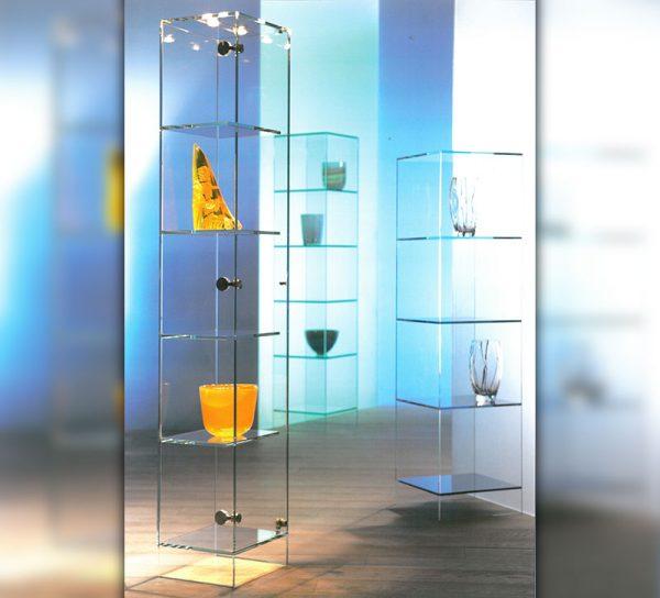 vitrine-glas-klar-standregal-tuer