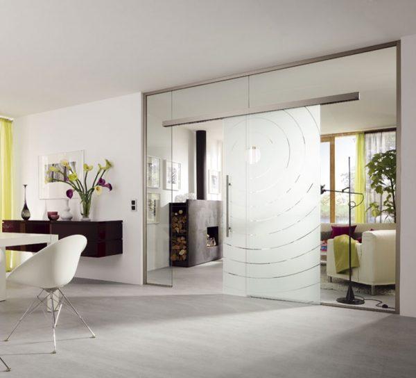 wandschrank-schrank-glas-schiebetuer-modern-2