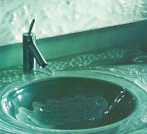waschbecken-glas-tuerkis-cyan-bad-spiegel-2